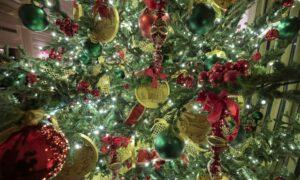 Melania Trump's 2019 White House Christmas Decorations Showcases the Spirit of America