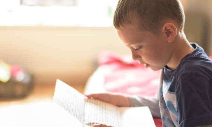 Kids love to receive mail—why not send a letter to the kids in your family every week? (Shutterstock)