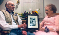 91-Year-Old Wife With Dementia Recognizes Husband on Their 72nd Wedding Anniversary