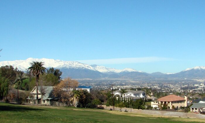 A view of the mountains from Loma Linda, Calif., on Jan. 26, 2008. (Flickr/Don Graham[CC BY-SA-2.0 (ept.ms/2utDIe9)])
