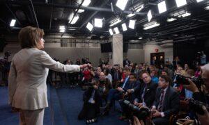 Pelosi Responds When Reporter Asks: 'Do You Hate the President?'
