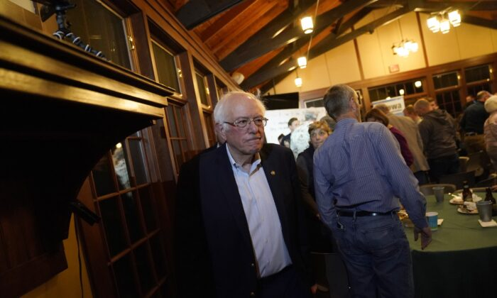 Democratic presidential candidate Sen. Bernie Sanders (I-Vt.) departs after speaking to the Organic Farmers Association at the Iowa Organic Association's 2019 Presidential Forum in Story City, Iowa on Dec. 5, 2019. (Win McNamee/Getty Images)