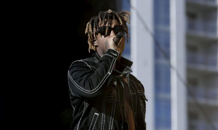 Juice Wrld performs onstage during the 2019 iHeartRadio Music Festival and Daytime Stage at the Las Vegas Festival Grounds on September 21, 2019 in Las Vegas, Nevada. (Photo by Bryan Steffy/Getty Images)