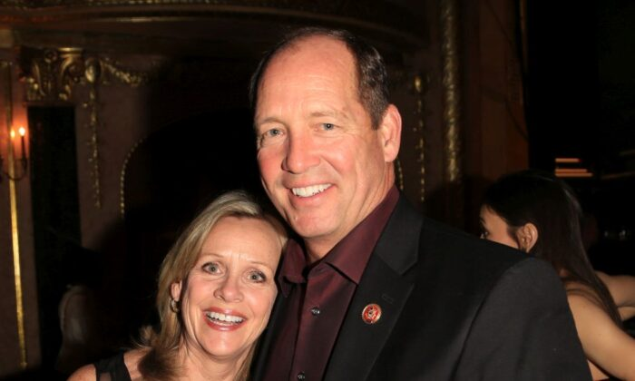 Carolyn Yoho (L) and Rep. Ted Yoho (R-Fla.) attend Heroes Red, White, And Blue Inaugural Ball at Warner Theatre in Washington on Jan. 20, 2013. (Photo by Charles Norfleet/Getty Images)