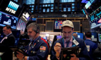 US Stocks Hit Records After Reports of 'in Principle' US-China Trade Deal