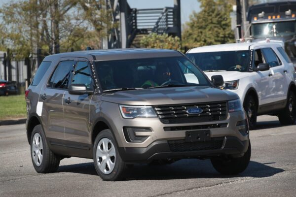 Ford-Explorers-1200x800
