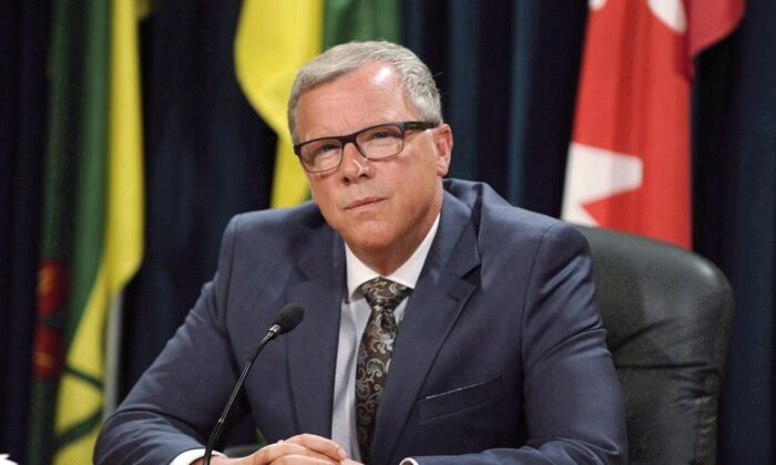 Saskatchewan Premier Brad Wall announces he is retiring from politics during a press conference at the Legislative Building in Regina, Saskatchewan on Aug. 10, 2017. Wall says he's not interested in running for Conservative party leadership. (The Canadian Press/Mark Taylor)