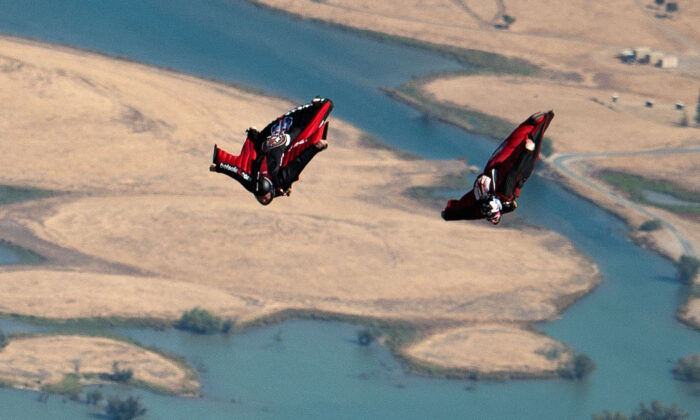 Wingsuit racers compete in Oakdale, Calif., on July 17, 2014. (Red Bull via Getty Images)