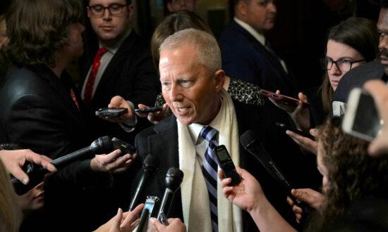 Anti-Impeachment Democrat Rep. Jeff Van Drew Plans to Join Republican Party