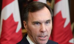 Morneau Touts Strong Economy, Liberals Rack Up Higher Deficits