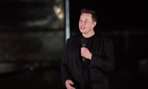 What Elon Musk's Shattered Windshield Can Teach Us About Mindset