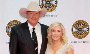 Alan Jackson and His High School Sweetheart Denise Mark 40 Years of Love and Marriage