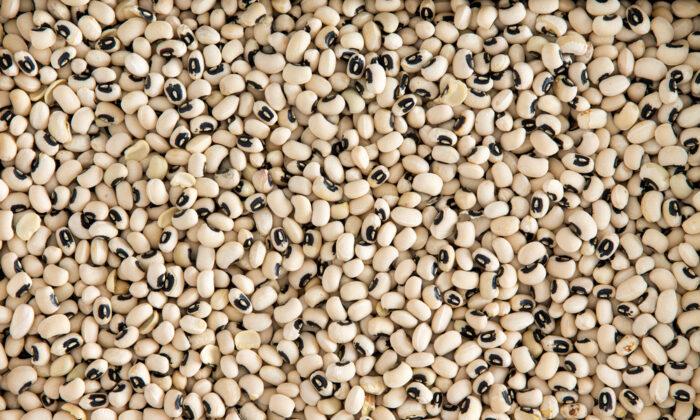 Black-eyed peas. (Shutterstock)