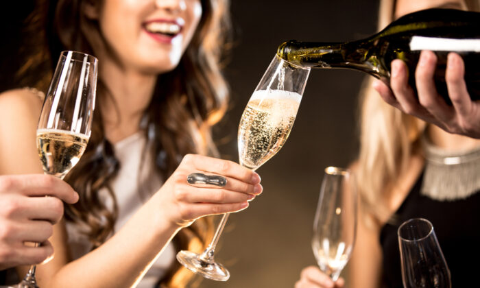 Festive bubbles for the holidays. (Shutterstock)