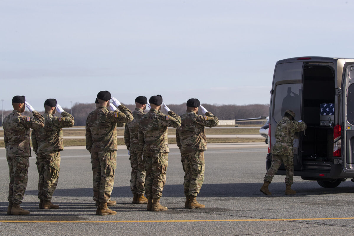 Dead US Soldier Returned to US