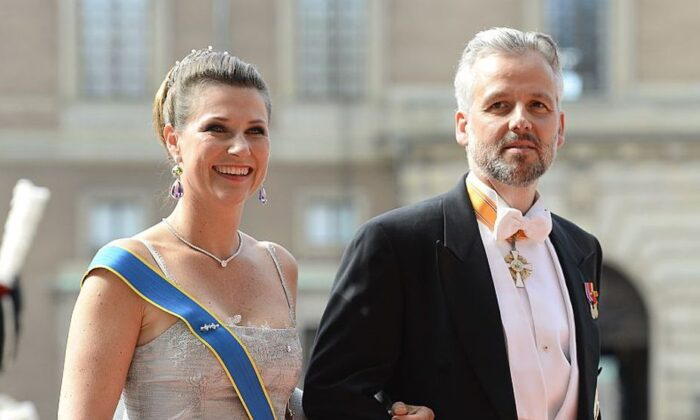 Princess Martha Louise and Ari Behn arrive for the wedding of Sweden's Crown Prince Carl Philip and Sofia Hellqvist at Stockholm Palace on June 13, 2015. (Jonathan Nackstrand/AFP via Getty Images)
