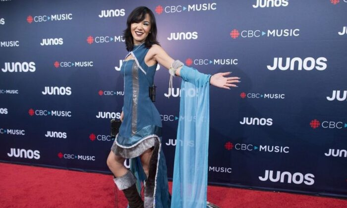 In this March 25, 2018, file photo, Kelly Fraser arrives on the red carpet at the Juno Awards in Vancouver, British Columbia. (Darryl Dyck/The Canadian Press via AP)