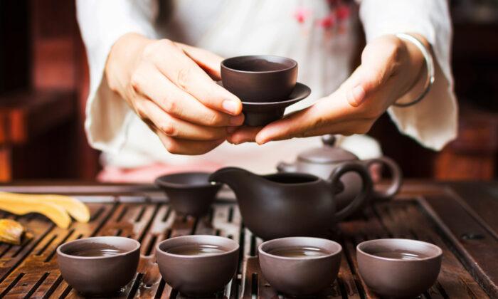 A tea ceremony. (Shutterstock)