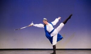 Shen Yun Principal Dancer Monty Mou on the Expressive Power of Classical Chinese Dance
