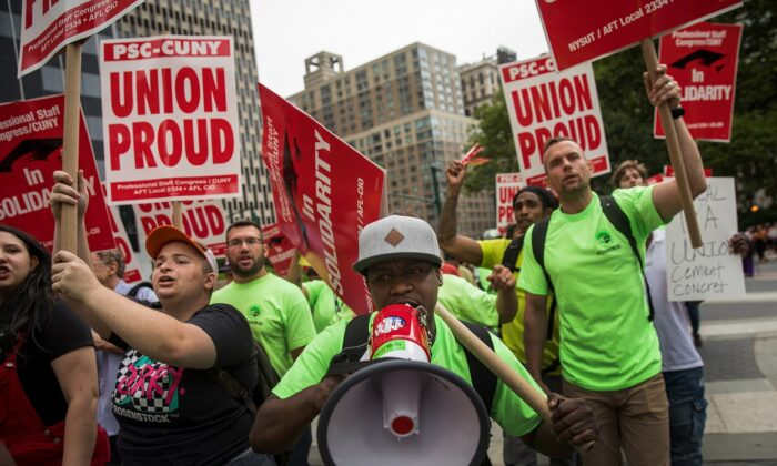 Union activists and supporters rally against the Supreme Court's ruling in the Janus v. AFSCME case, in Foley Square in Lower Manhattan in New York City on June 27, 2018. (Drew Angerer/Getty Images)