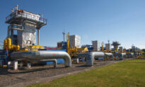 Ukraine and Russia Avert Crisis on Gas Supplies, Deliveries to Europe