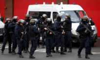 French Police Shoot Attacker Dead After Stabbing Spree in Paris Park