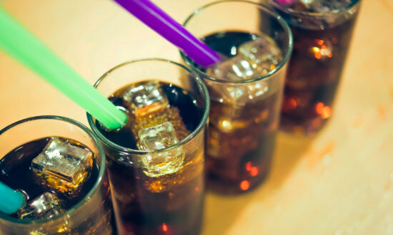 4 Health Hazards of Drinking Artificially Sweetened Soda: From Diabetes to Mental Health