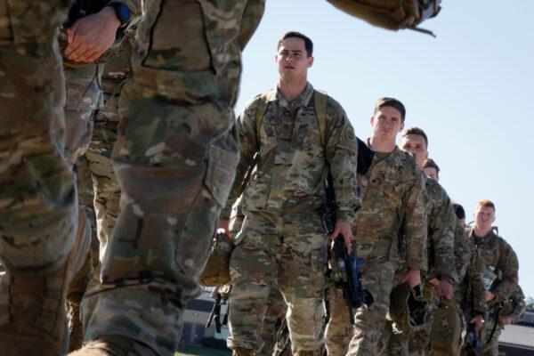 US-troops-82nd-airborne