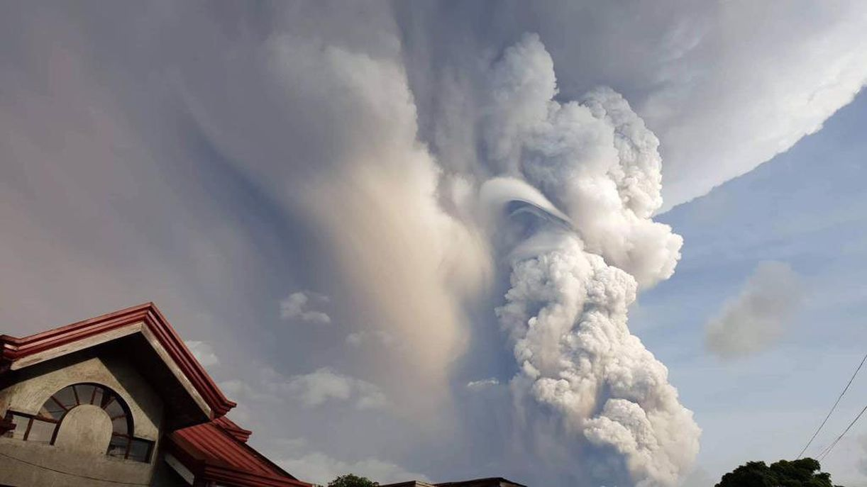 Warnings of 'Volcanic Tsunami' After Volcano Erupts in Philippines
