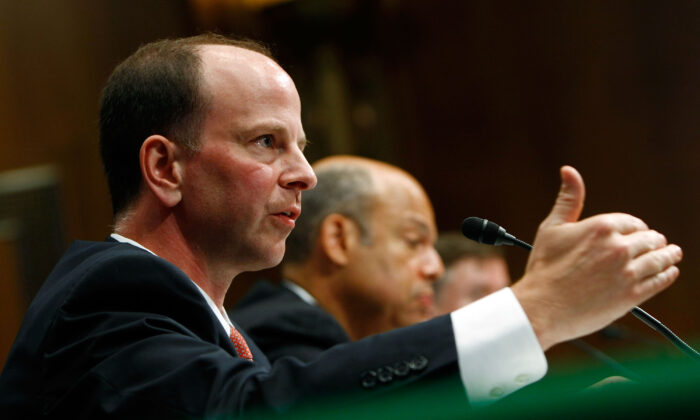 Assistant Attorney General David Kris (L) of the Justice Department's National Security Division testifies before the Senate Armed Services Committee in Washington on July 7, 2009. (Win McNamee/Getty Images)