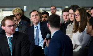 Morneau Launches Budget 2020 Consultations at Ryerson University in Toronto
