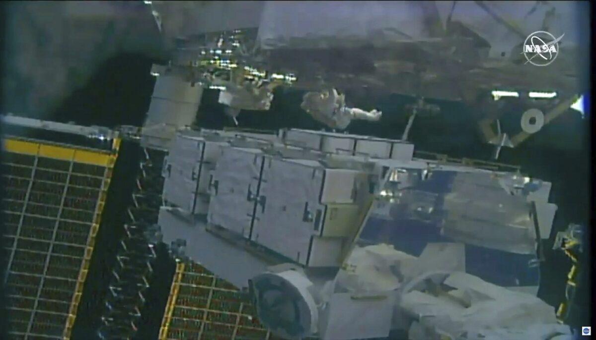 Astronauts Jessica Meir and Christina Koch