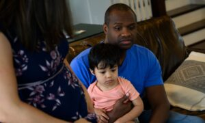 Decline in Kids Living With Both Parents May Have Bottomed Out, Census Data Show