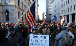 Thousands Gather at Virginia Capitol in Support of 2nd Amendment