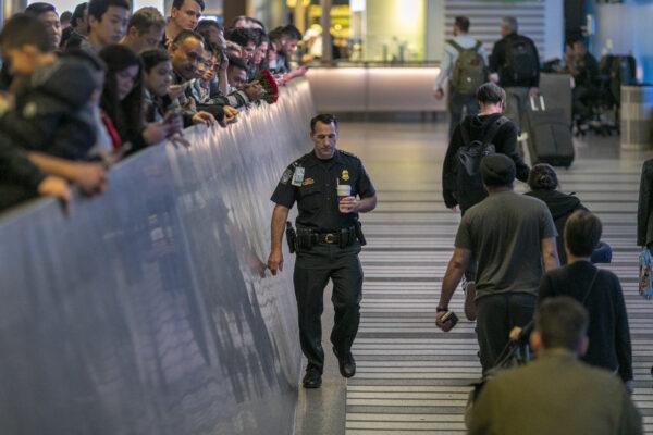 Three US Airports To Conduct Health Screenings For Coronavirus From China