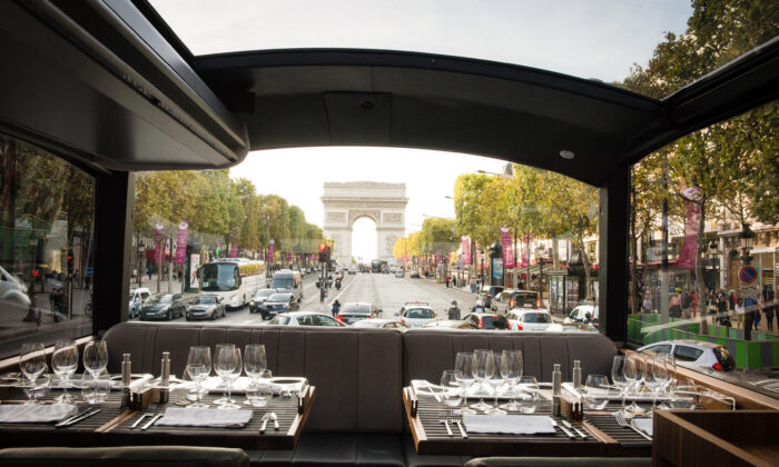 Your dinner aboard Bustronome starts near the