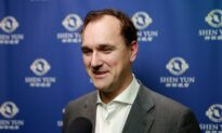 Londoner Supports Shen Yun's Promotion of Traditional Chinese Culture