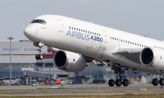 Airbus Flies to Record Highs, TUI Falls After Latest Boeing Blow