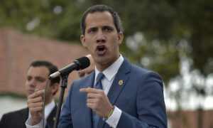 Why Guaido's Camp Has Been Unable to Unseat Maduro