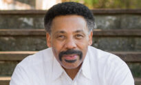 Celeb Pastor Tony Evans Writes Heartfelt Post After Wife Passes Away to Watch 'Her First Sunrise From Heaven'