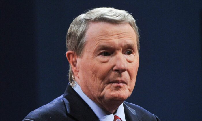 Jim Lehrer, of the PBS Newshour, moderates a presidential debate in a file photo. (NICHOLAS KAMM/AFP/GettyImages)