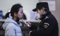 China Virus-Hit Wuhan Residents Scramble to Stockpile Supplies as Lockdown Ensues