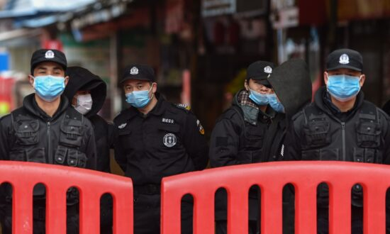 Chinese Social Media Depicts Chaos in Virus-Hit Wuhan