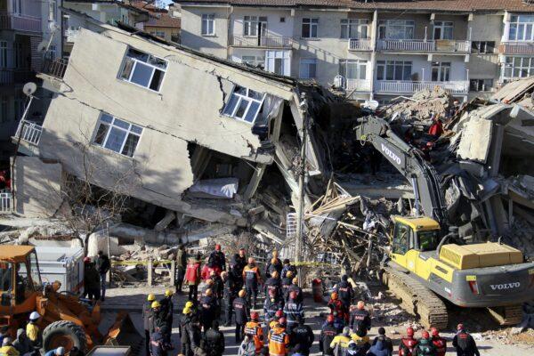 Turkey earthquake 1