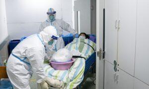 Hong Kong Bans Hubei Travelers, Declares State of Emergency Over Coronavirus