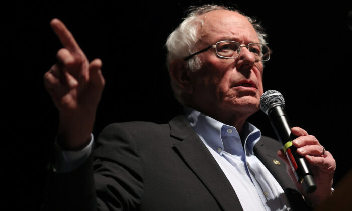 Democratic presidential candidate Sen. Bernie Sanders (I-Vt.) speaks to Iowa voters at the Ames City Auditorium in Ames, Iowa, on Jan. 25, 2020. (Win McNamee/Getty Images)