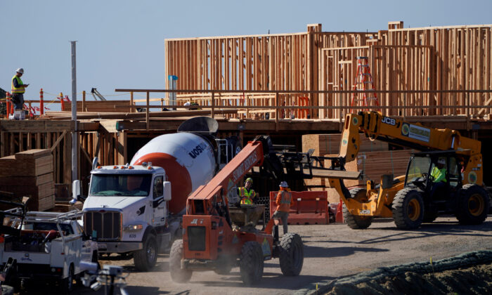 Work crews construct a new hotel complex on oceanfront property in Encinitas, Calif., on Nov. 26, 2019. (Mike Blake/Reuters)