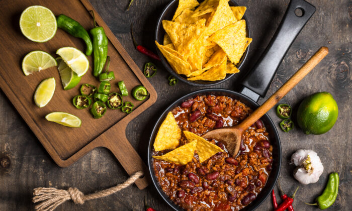 Homemade chili—with beans. (Shutterstock)