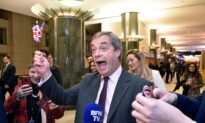 Cheers, Tears, and Singing as UK Lawmakers Leave European Parliament for the Last Time