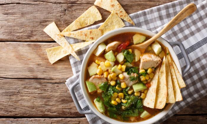 Chicken tortilla soup. (Shutterstock)